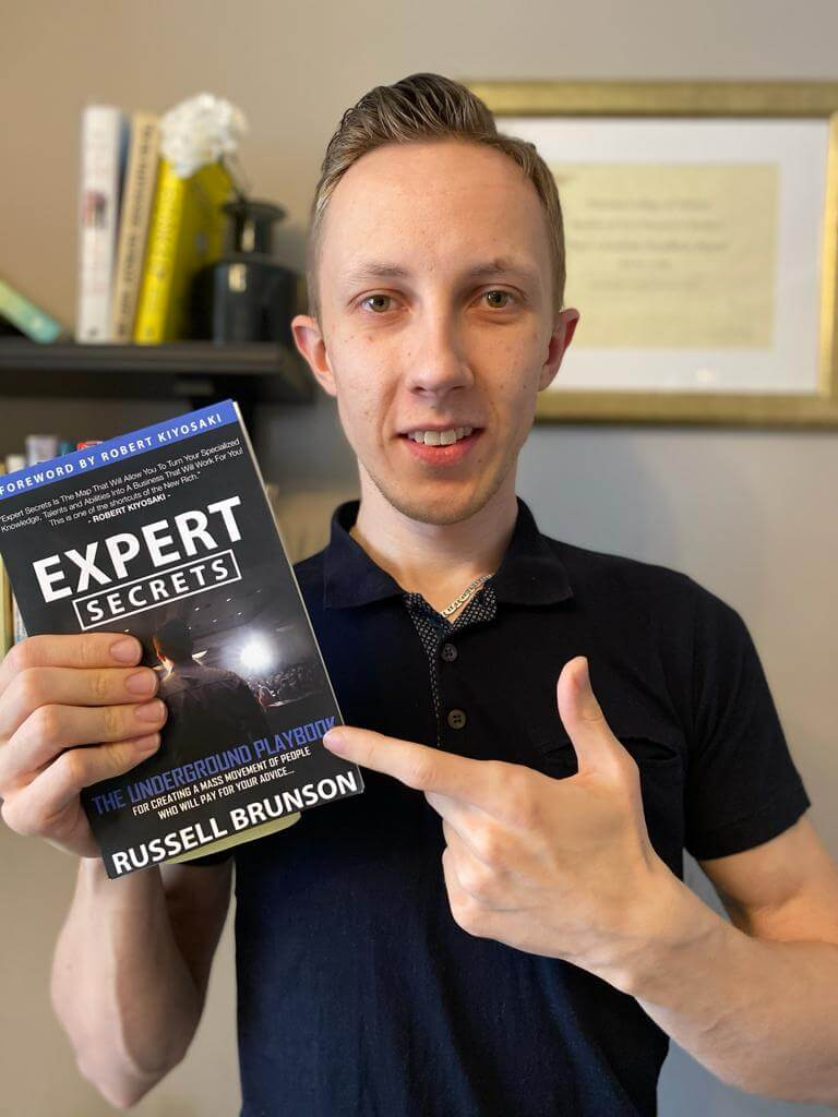 russel-brunson-experts-secrets-book-review-by-raido-linde